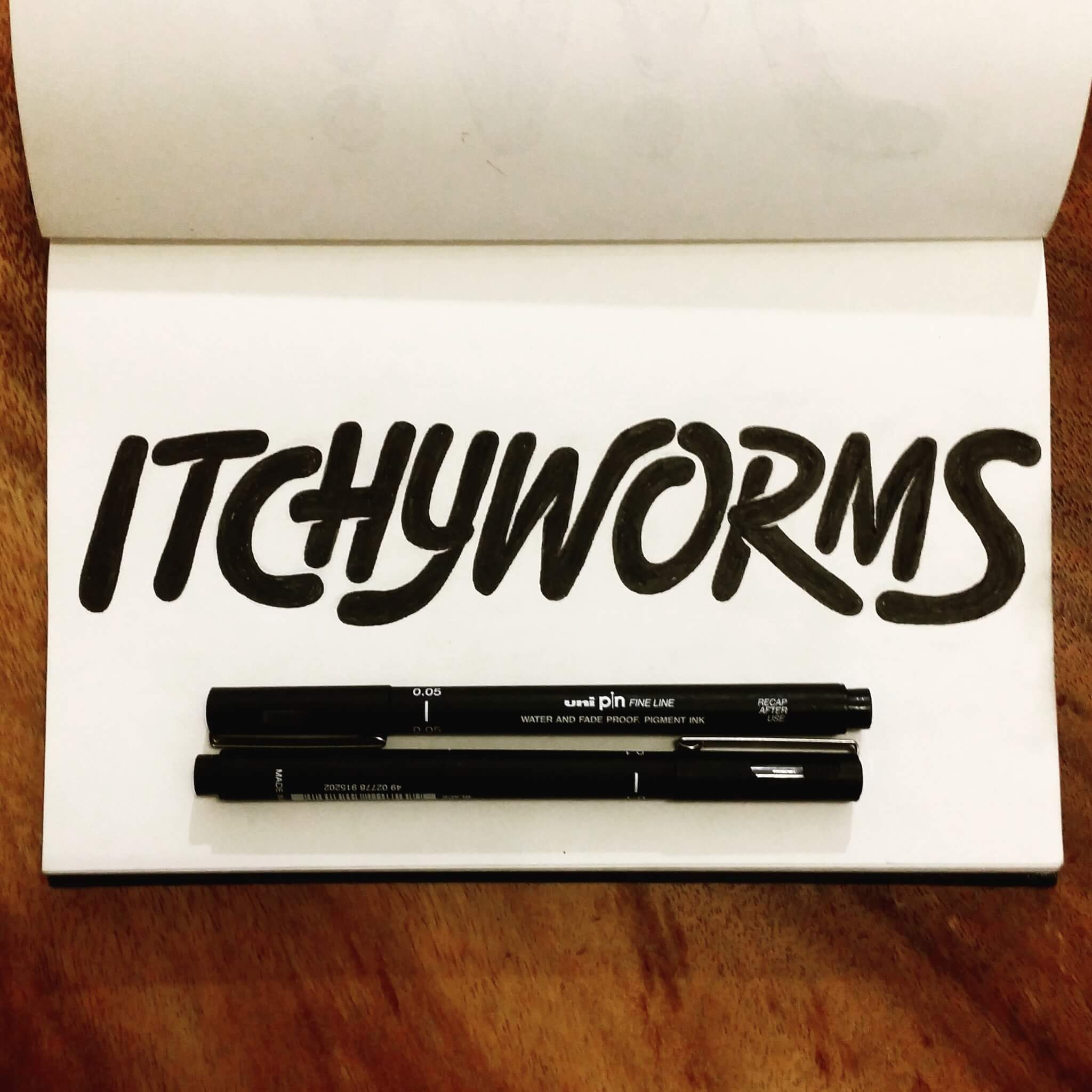Itchyworms Lettering